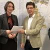 Ulrike Schmidt bewirbt sich formal für Chefsessel im Rathaus
