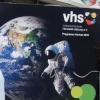 Neue Kurse bei der VHS: Dirndlnähen,Tanzimprovisation, Persisch