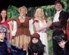 Das kleine Burgtheater präsentiert: Schneeweißchen und Rosenrot