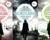 """Autorin Charlotte Richter-Peill strahlt: Ihre Trilogie """"Das Orakel von Farland"""" ist jetzt erschienen und überall dort erhältlich, wo es eBooks gibt"""