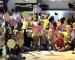 Kindergarten-Kinder spielen Theater und verkaufen 250 Karten