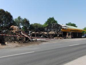 Die Reste vom Landhandel 'Raisdorfer Mühle' in Henstedt