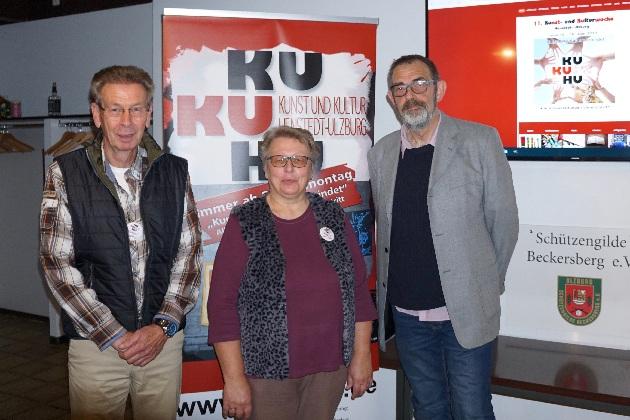 Holger Fischer, Ingrid Wacker KuKuHU, Heribert Werner FeehPC stellen die neue KuKuHU Homepage vor