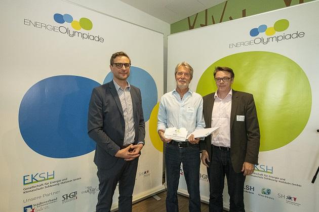 Stefan Sievers (Geschäftsführer EKSH), Uwe Husfeld (Energiebeauftragter der Gemeinde Henstedt-Ulzburg) und Hans Joachim Am Wege (Referent für Soziales, Bildung, Personal und Wirtschaft beim SHGT)